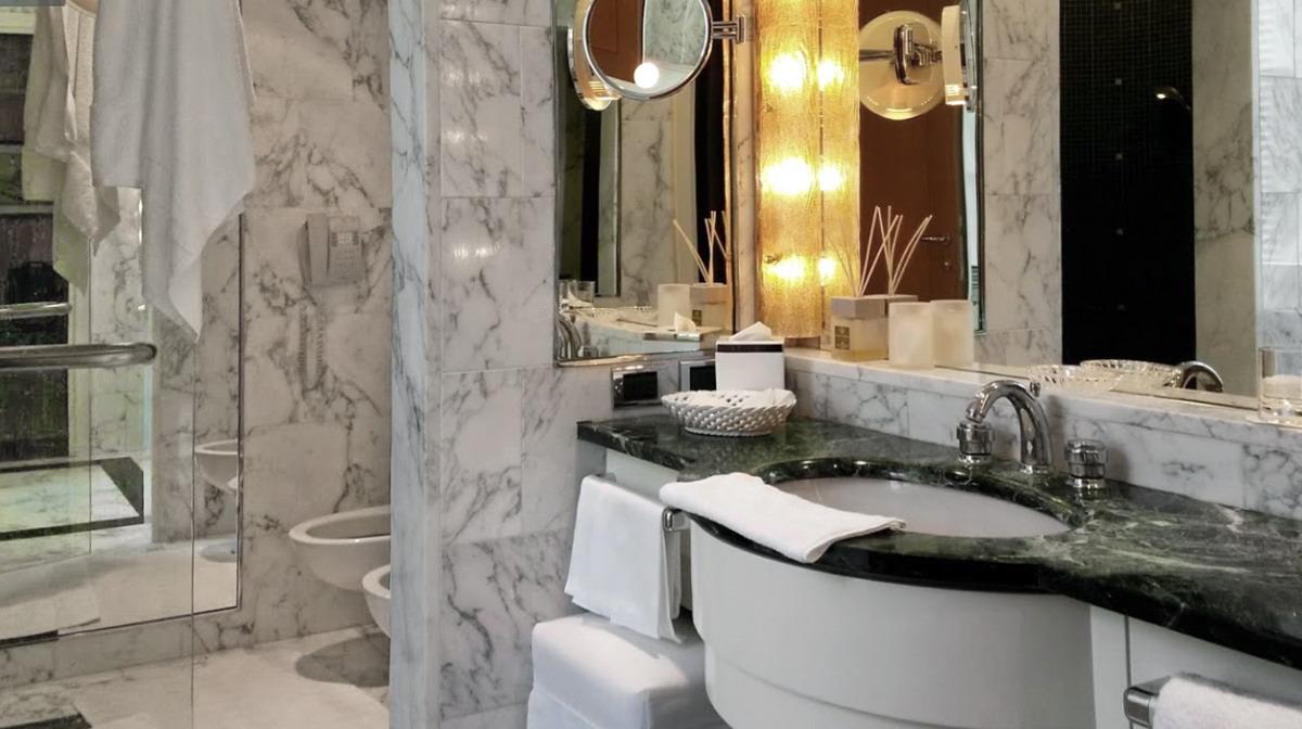 Hotel Four Season Milano - Bagno in Marmo