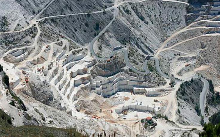 Cave di Marmo a Carrara, Ricerca dei Materiali