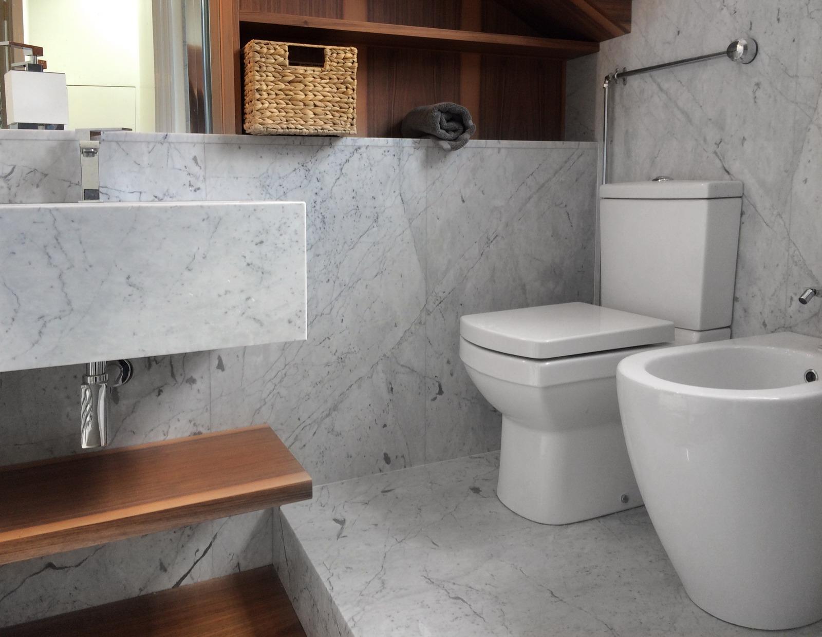 Appartamento Londra UK - Rivestimenti Bagno in Marmo