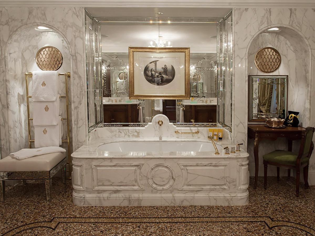Hotel Danieli Venezia - Vasca in Marmo Suite