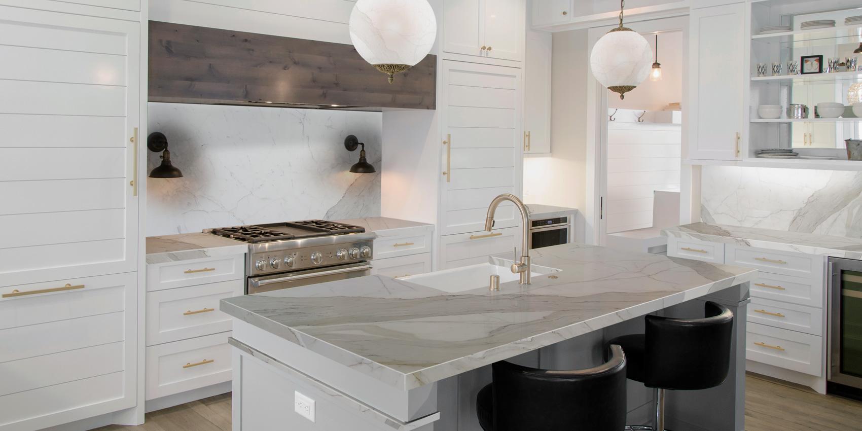 Realizzazioni: Top Cucina in marmo, lavandino in marmo
